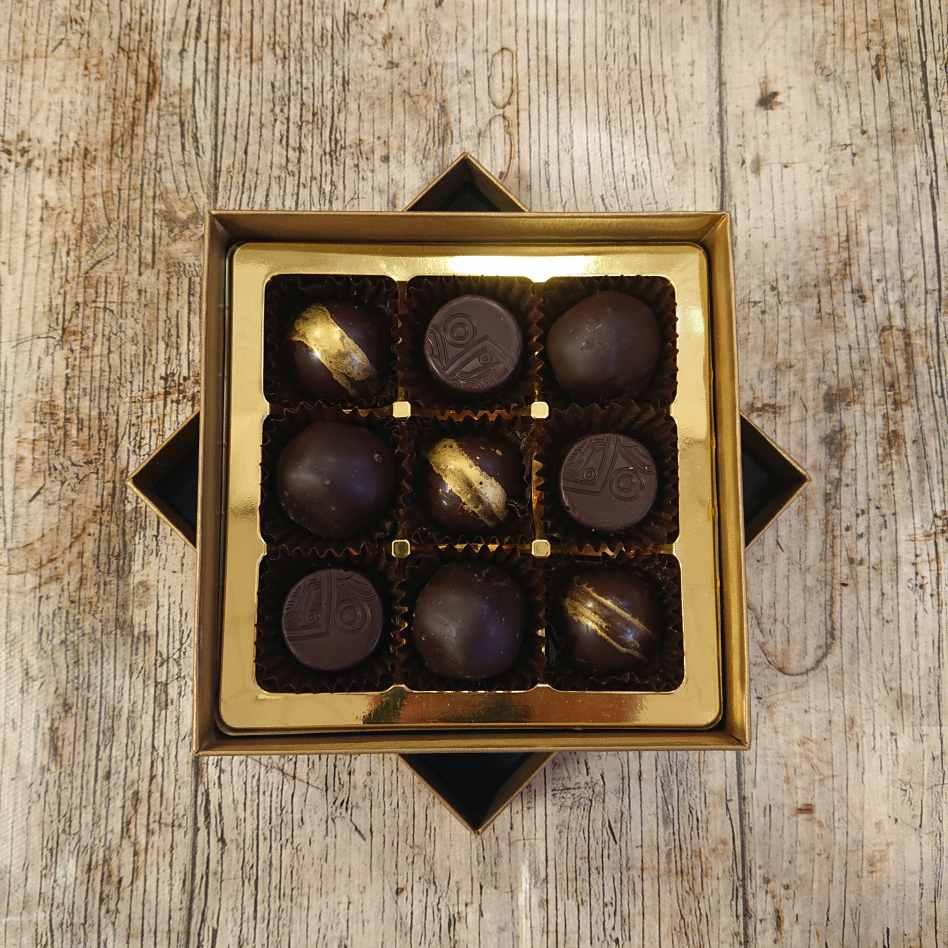 Fredericks Dark Delights (9 Chocolate Box)