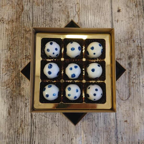 Blueberry Dalmation (9 Chocolate Box)