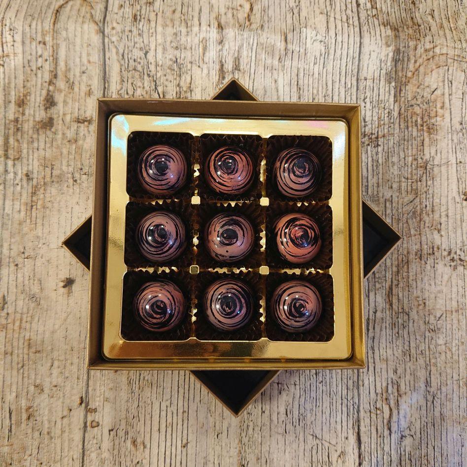 Dark Rose Fondant Cream (9 Chocolate Box)
