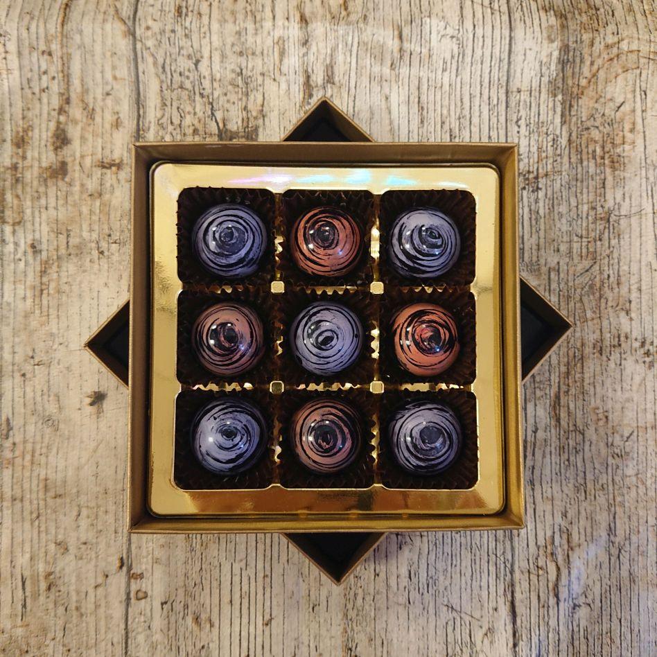 Dark Rose and Violet Fondant Creams (9 Chocolate Box)