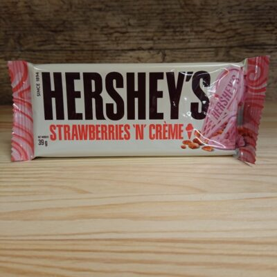 Hershey Bar Strawberry & Cream
